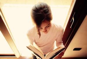Livros podem ajudar pais e educadores e abordarem a igualdade de gênero com crianças e adolescentes Foto: Pixabay