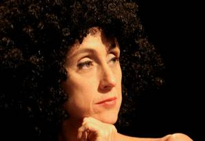 Betty Gofman como Zazé Macedo na peça que mtem ensaio aberto e gratuito no fim de semana Foto: Divulgação/Guga Melgar