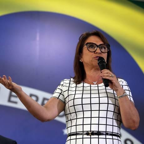A senadora Kátia Abreu, ao lado de Ciro Gomes Foto: Givaldo Barbosa/Agência O Globo/06-08-2018