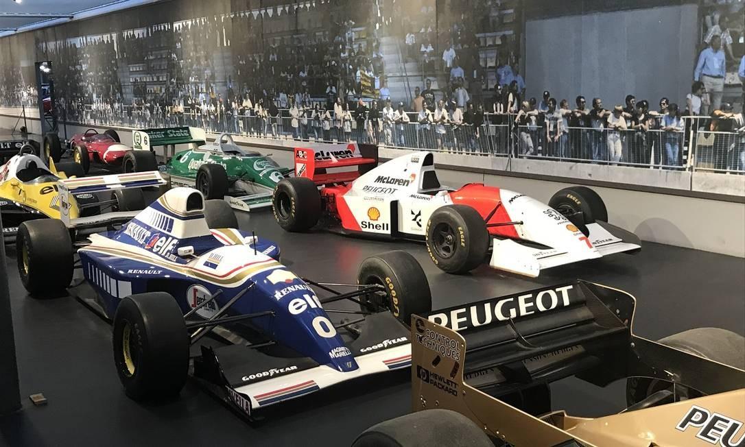 Pós-Schlumpf: a coleção continua a receber carros, como o Williams Renault FW15C 1993, de Damon Hill, e o McLaren-Peugeot MP4/9 1994, de Mika Häkkinen Jason Vogel