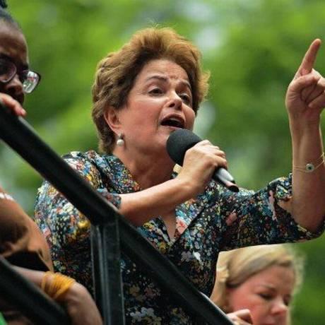 A ex-presidente Dilma Rousseff, durante campanha em Minas Gerais Foto: Carl de Souza / AFP