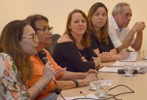 """Abertura. Mesa-redonda e palestras com o tema """"Mulheres na ciência"""" abriram o evento no Caminho Niemeyer Foto: Picasa / Divulgação"""