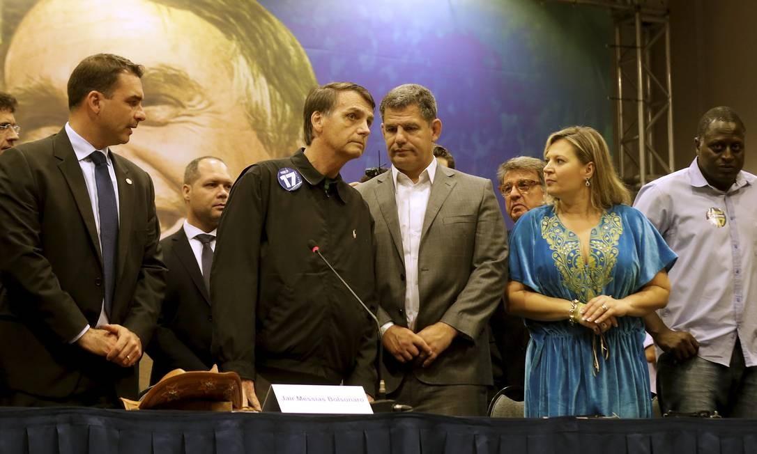 Bolsonaro confirma principais aliados como ministro em eventual governo Foto: Marcelo Theobald / Agência O Globo