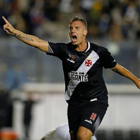 Maxi López possui quatro gols em 11 partidas pelo Vasco Foto: Rafael Ribeiro/vasco.com.br