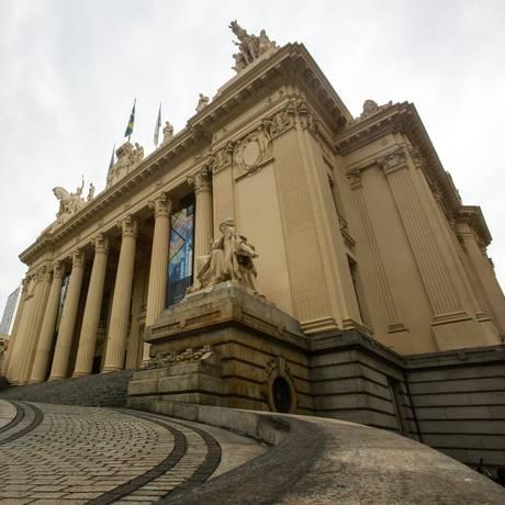 A Assembleia Legislativa do Rio Foto: Brenno Carvalho / Agência O Globo