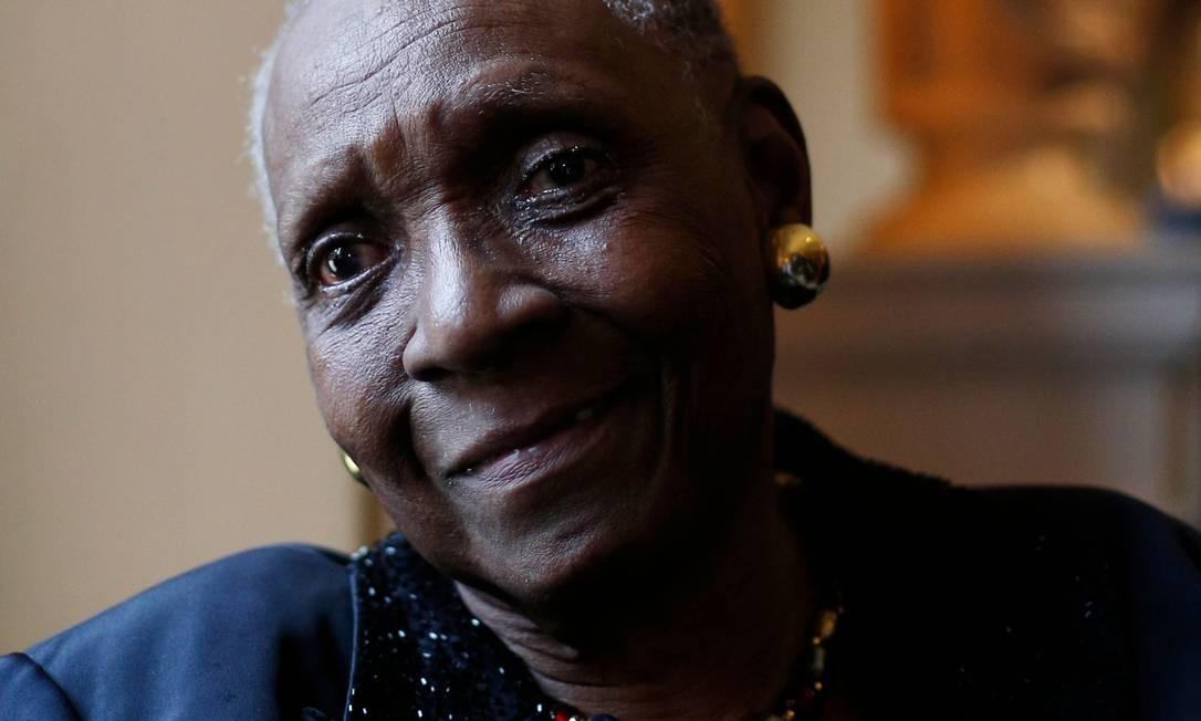 Maryse Conde: autora de Guadalupe vendeu o prêmio da Nova Academia, espécie de Nobel alternativo Foto: ADRIAN DENNIS / AFP