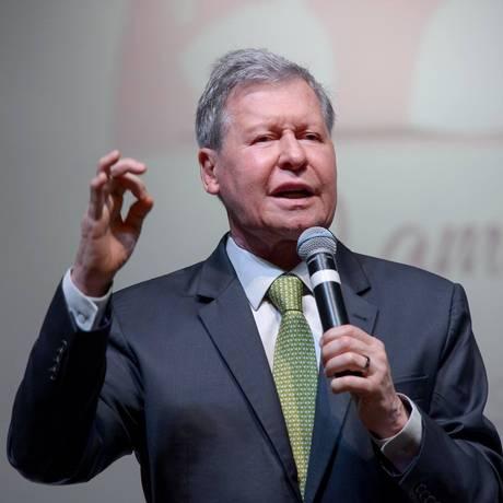 Arthur Virgílio, prefeito de Manaus Foto: Alex Pazuello / Facebook