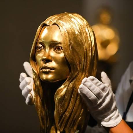 A Sotheby's espera que o busto de ouro de Kate Moss seja vendida por até US$ 515 mil Foto: Simon Dawson / Bloomberg News