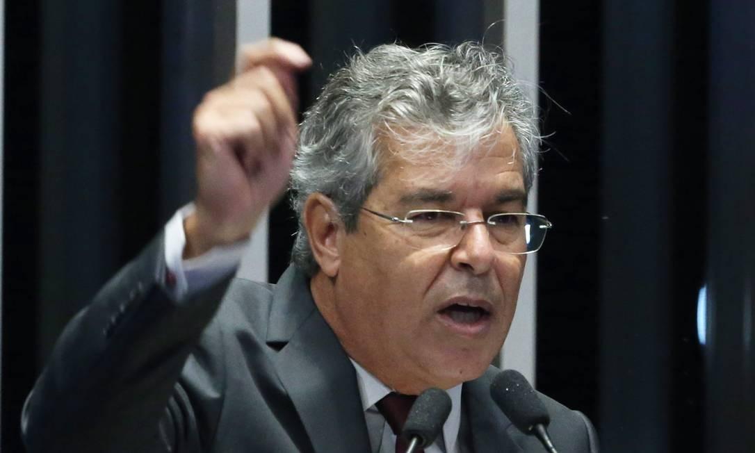 Jorge Viana (PT-AC) Foto: Ailton de Freitas / Agência O Globo