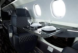 O interior do jato da Embraer, o New Praetor 600 Bossa Nova Edition, fotografado em Fort Lauderdale, na Flórida Foto: HANDOUT / REUTERS