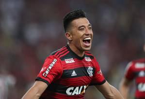 Uribe comemora seu segundo gol na vitória do Flamengo no Fla-Flu Foto: RICARDO MORAES / REUTERS
