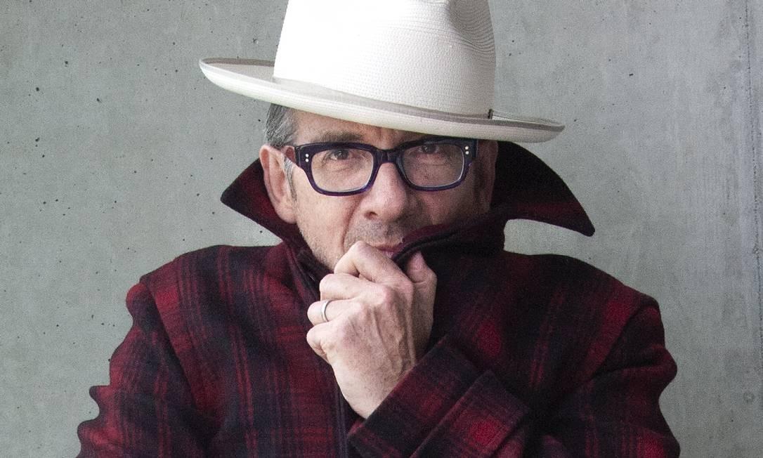 O cantor e compositor inglês Elvis Costello Foto: James O'Mara / Divulgação