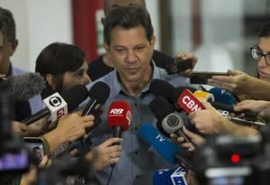 Fernando Haddad convocou uma reunião com principais auxiliares na manhã desta terça-feira Foto: Edilson Dantas / Agência O Globo