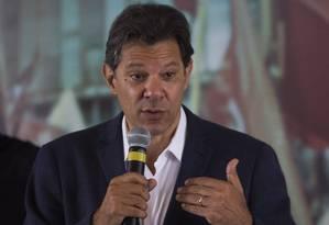 O candidato à Presidência pelo PT, Fernando Haddad, participa de encontro com pastores evangélicos. Foto: Edilson Dantas / Agência O Globo