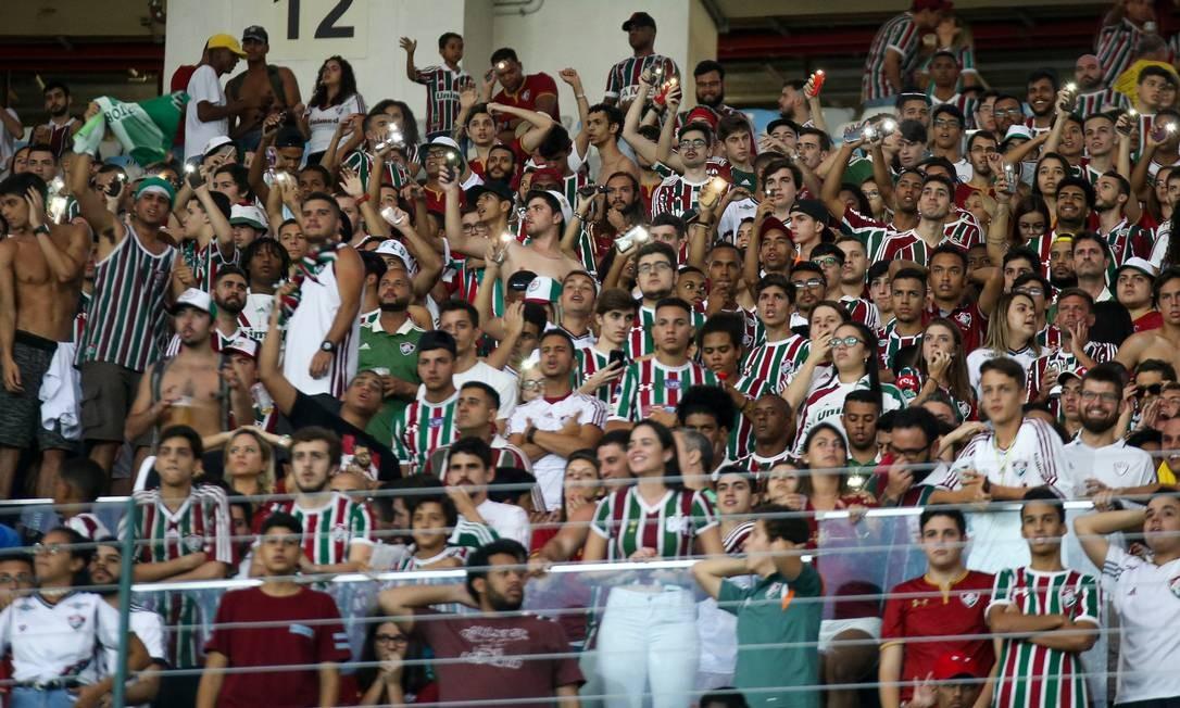 Torcida se empolgou com a campanha do Fluminense na Sul-Americana Foto: Lucas Merçon/Fluminense