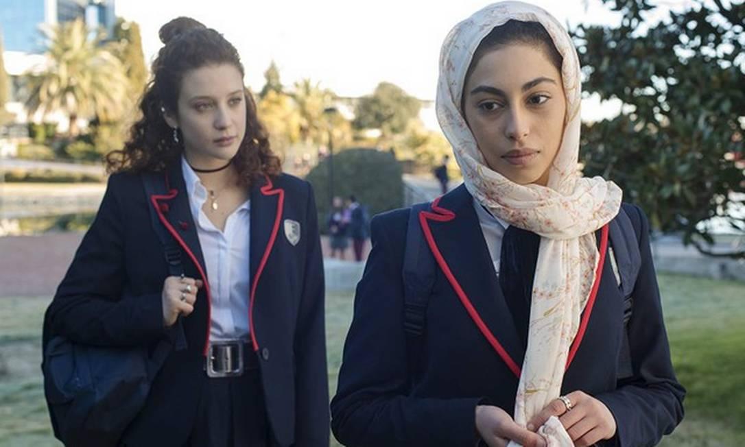 María Pedraza e Mina El Hammani em 'Elite' Foto: Reprodução