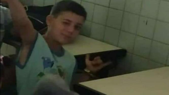 Vicente, de 10 anos, morreu com um tiro no pescoço Foto: Facebook/Reprodução