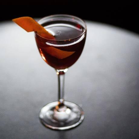 O Reverse Manhattan ou Berretto da Notte, um drinque perfeito para ser a saideira. Foto: JOHN TAGGART / NYT