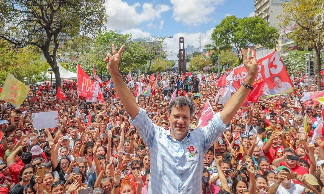 Haddad chama Bolsonaro de 'soldadinho de araque'