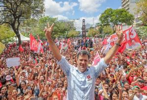 Fernando Haddad na Caminhada e Ato pela Democracia em Fortaleza, Ceará Foto: Divulgação/Ricardo Stuckert