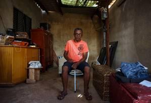 Valter Miranda, 51, em Itapua II, regiao administrativa de Brasilia. Ele era eleitor de Lula e agora vai de Bolsonaro Foto: Daniel Marenco / Agência O Globo