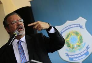 Raul Jungmann afima que PF abriu inquéritos para investigar crimes eleitorais Foto: Jorge William / Agência O Globo/ 16-10-2018