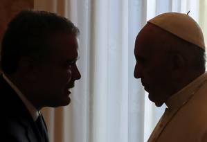 Papa Francisco recebe presidente colombiano Iván Duque no Vaticano: em pauta, a Colômbia em processo de paz com as FARC e a crise humanitária na Venezuela Foto: TONY GENTILE / AFP