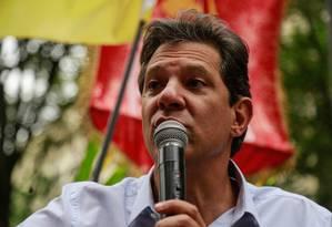 O candidato do PT à Presidência, Fernando Haddad, discursa no Rio de Janeiro Foto: Brenno Carvalho/Agência O Globo/19-10-2018