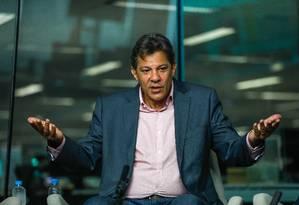 O presidenciável Fernando Haddad (PT) participa de sabatina do GLOBO, Extra, Época e Valor Econômico Foto: Custódio Coimbra / Agência O Globo