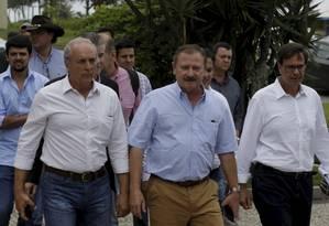 Representantes do Agronegócio visitam o candidato à Presidência Jair Bolsonaro, em sua casa na Barra Foto: Gabriel de Paiva / Agência O Globo
