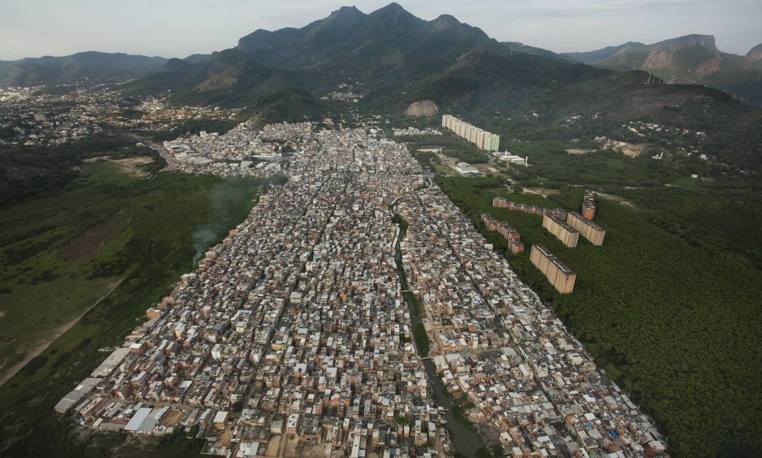 A comunidade de Rio das Pedras hoje: o desmatamento em ritimo acelerado é impulsionado pela grilagem, uma das maiores fontes de lucro da milícia Foto: Gabriel Monteiro / Agência O Globo