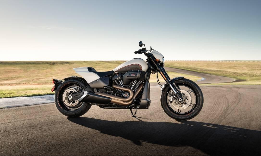 A FXDR parece uma moto de arrancada: aposta da Harley para atrair compradores jovens Foto: Divulgação