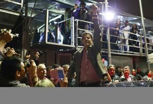 Candidato a Presidência Fernando Haddad ( PT ) faz comício no Largo da Batata, em São Paulpo Foto: Edilson Dantas / Agência O Globo