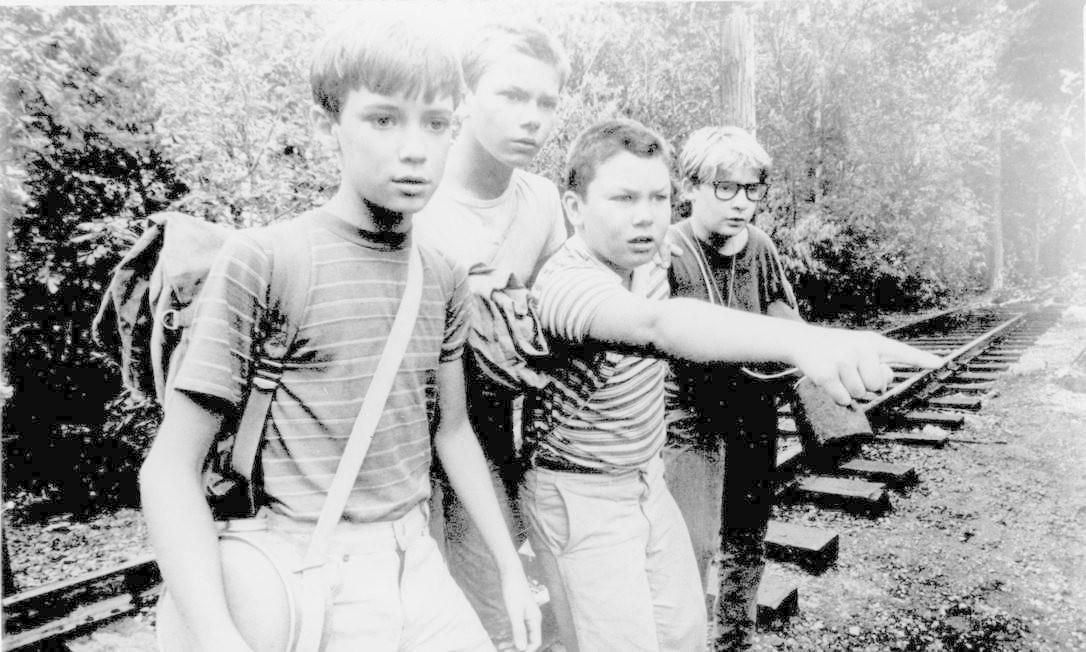 River Phoenix em 'Conta Comigo', ao lado de Jerry O'Connell, Whil Wheaton e Corey Feldman Foto: Divulgação