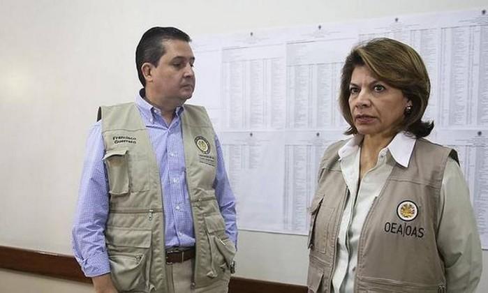 Representantes da OEA Foto: Agência O Globo
