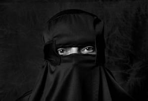 O fotógrafo Eurivaldo Bezerra trata de questões como libertação de estereótipos em mostra na Cidade das Artes Foto: Divulgação