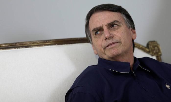 Jair Bolsonaro em compromissos de campanha dia 25 de outubro no Rio de Janeiro Foto: RICARDO MORAES / REUTERS