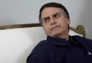 Candidato à Presidência, Jair Bolsonaro fala com imprensa no Rio Foto: RICARDO MORAES 25-10-2018 / REUTERS