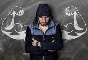 É comum haver sobre o homem a exigência de um corpo forte e escultural para demonstrar força Foto: Pixabay/Pixabay