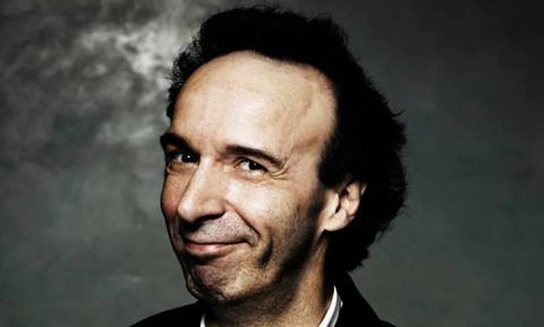 O ator e diretor Roberto Benigni, que vai viver Geppetto nos cinemas Foto: Divulgação