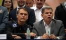 Jair Bolsonaro, candidato a presidente pelo PSL, com o presidente da sigla, Gustavo Bebianno Foto: MAURO PIMENTEL / AFP