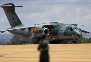 Internacionalização. Parceria com americana Boeing prevê que o cargueiro KC-390, da Embraer, seja comercializado também nos Estados Unidos Foto: Jorge William / Agência O Globo/23-10-2018
