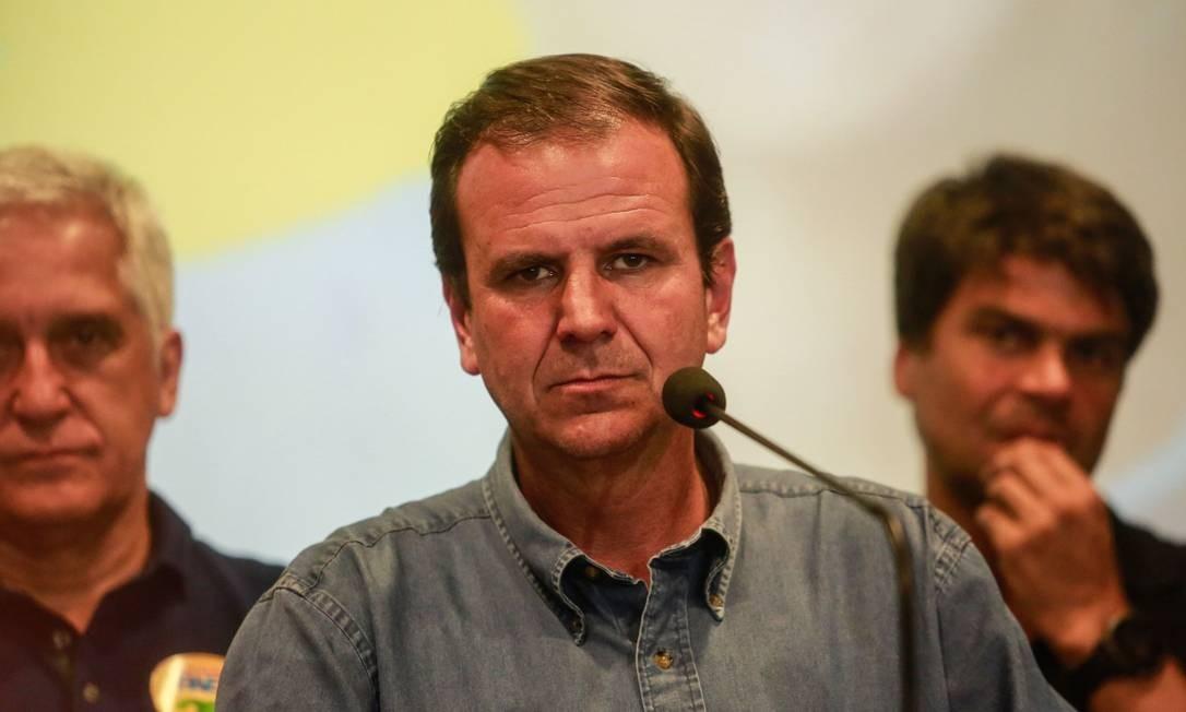 Eduardo Paes (DEM) durante pronunciamento após derrota no segundo turno Foto: Brenno Carvalho / Agência O Globo