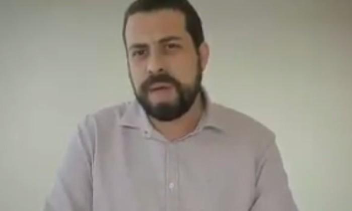 O líder do MTST e candidato do Psol ao Planalto, Guilherme Boulos Foto: Reprodução/Twitter
