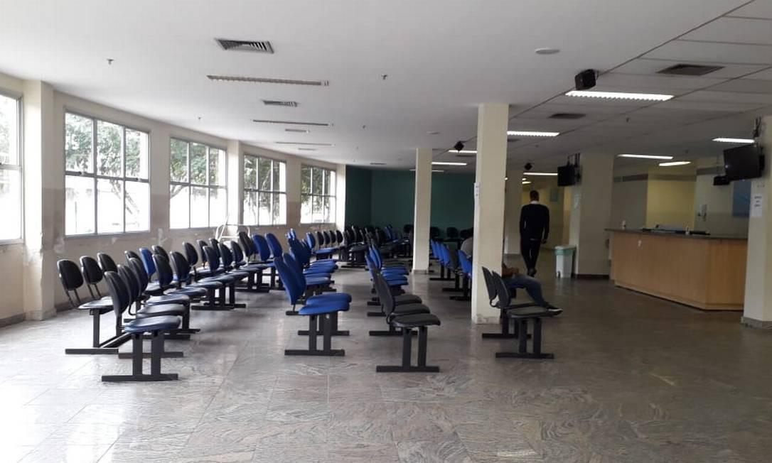 O Mundo Inteiro Espera A Resposta De Maria: Sem Dinheiro, Hospital Ronaldo Gazolla Reduz Atendimento