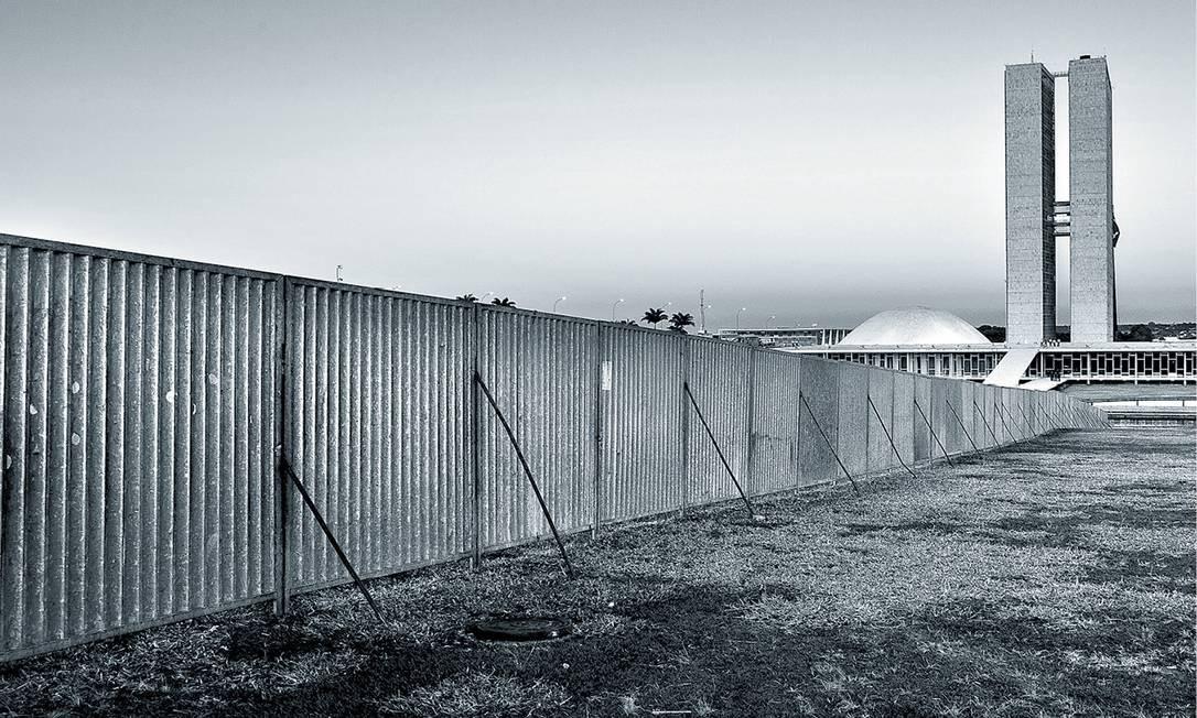'Penso que se morássemos em Berlim provavelmente teríamos ficado de lados opostos.' Foto: Agência O Globo