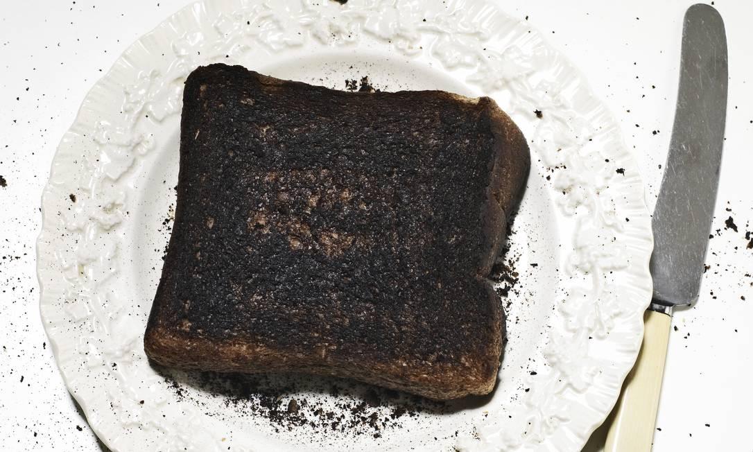 Torrada queimada Foto: Phil Ashley / Agência O Globo