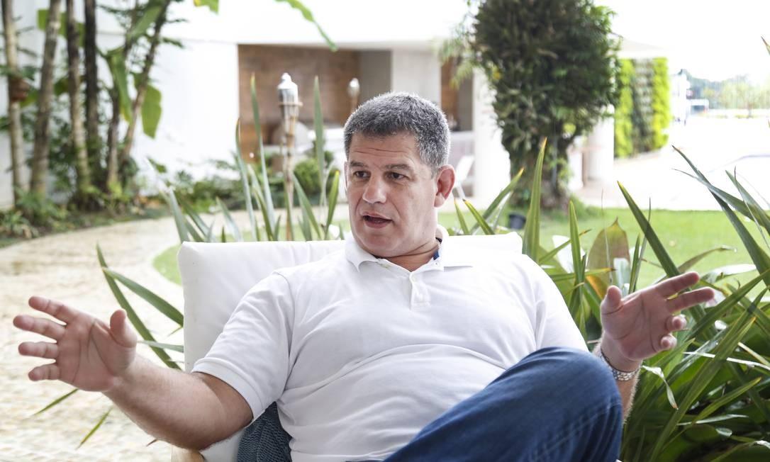 Gustavo Bebianno durante entrevista Foto: Marcos Ramos / Agência O Globo