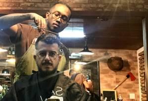 As barbearias visitadas por Bruno estão no Instagram @zeugch Foto: Bruno Dieguez / Divulgação