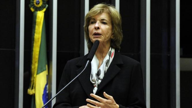 A deputada federal Yeda Crusius discursa na Câmara Foto: Luis Macedo/Câmara dos Deputados/21-06-2017